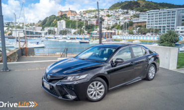 2018 Toyota Camry Hybrid SX - Car Review - Builder in a Tux